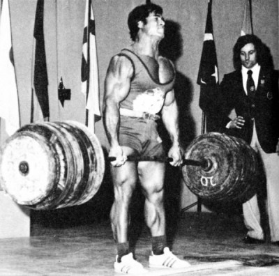 Franco Columbo Deadlifting